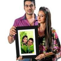 Green Couple - Caricature Photo Frame